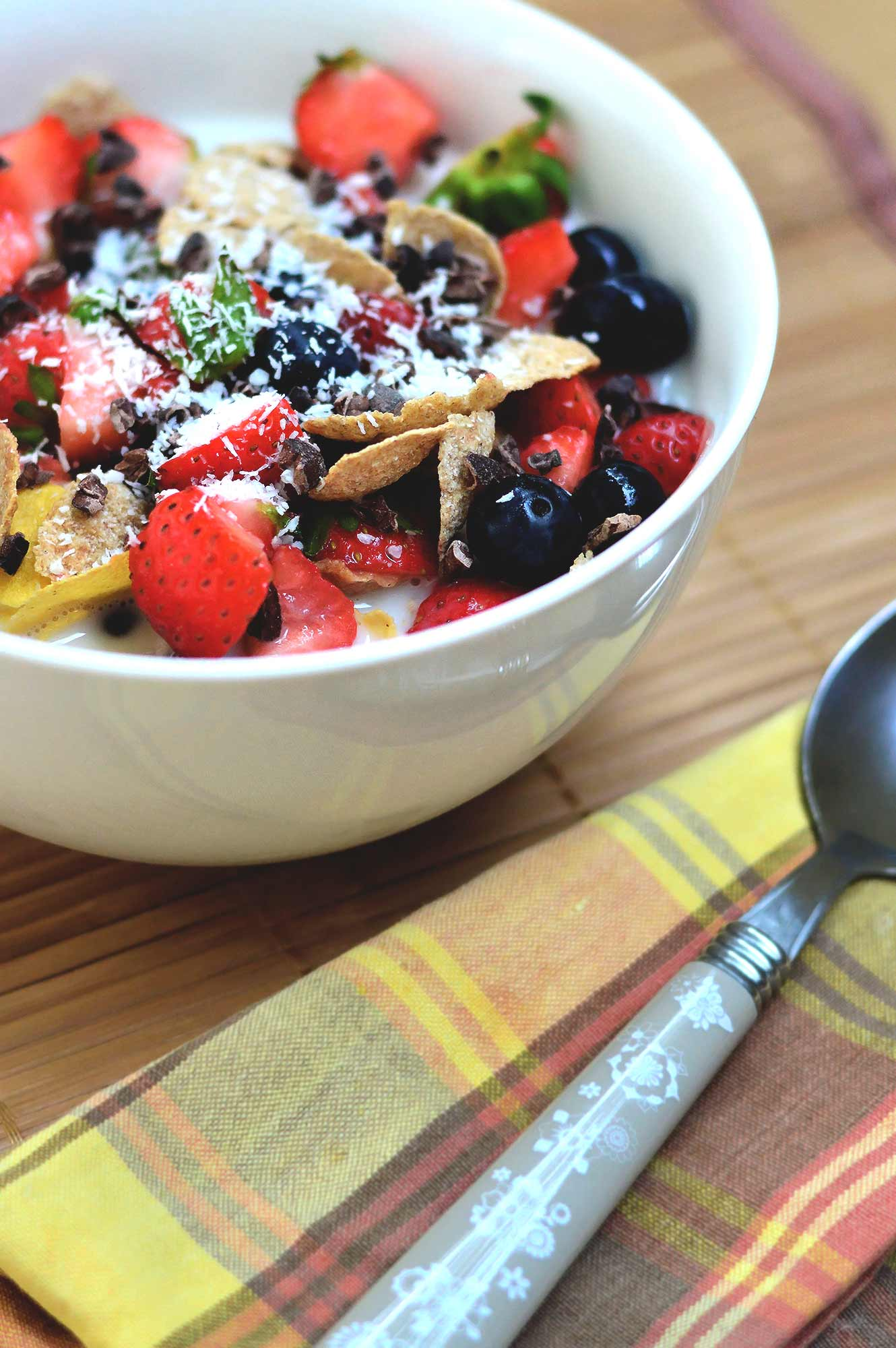 Fruit and Cereal Breakfast Bowl - fruity and healthy   www.thebrightbird.com