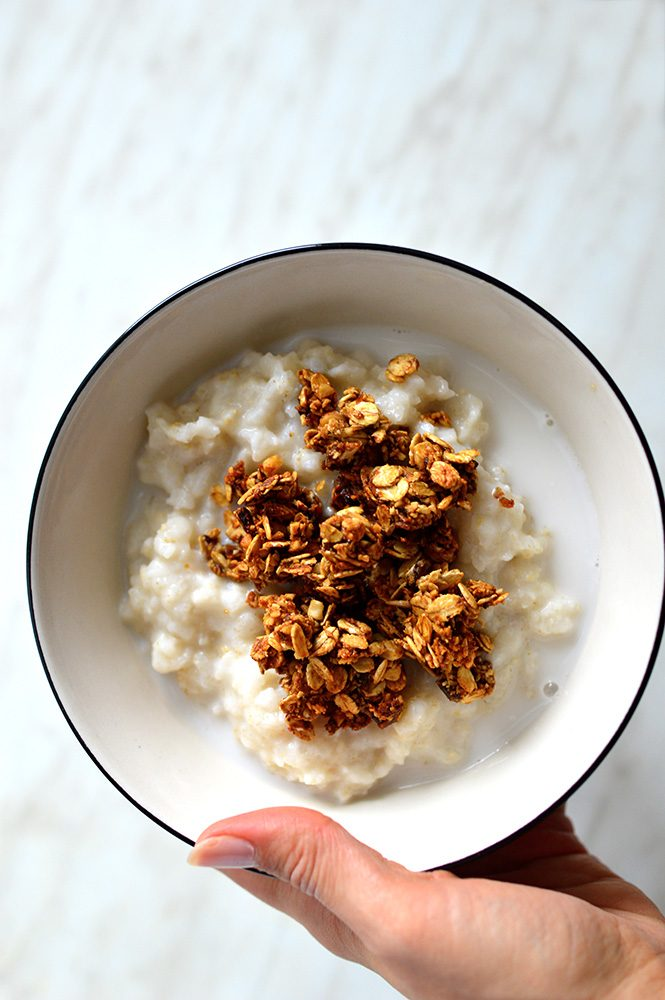 Porridge with oil free vegan granola