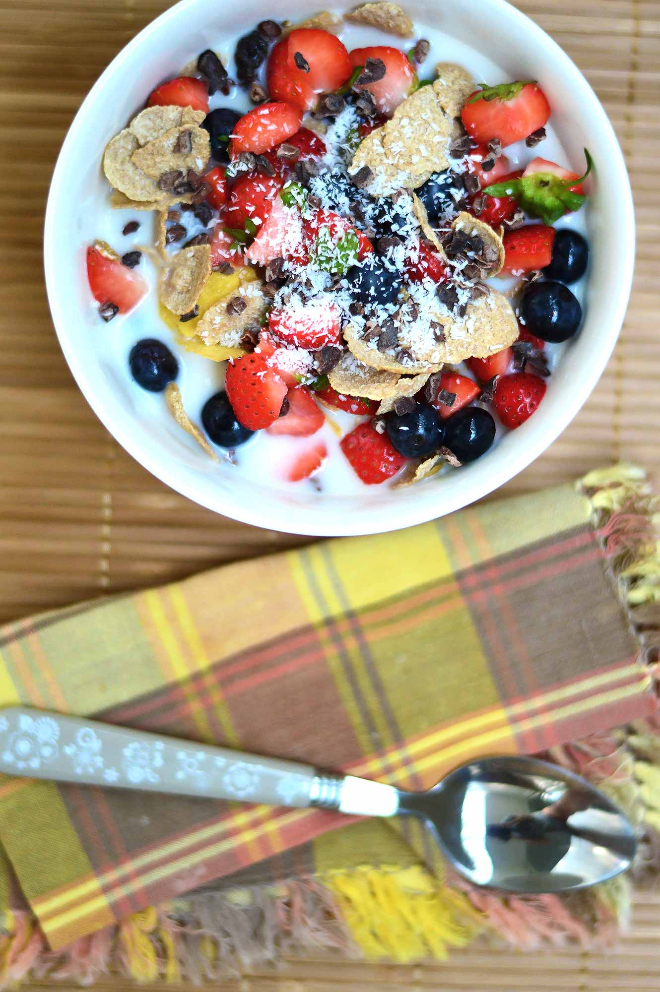 Fruit and Cereal Breakfast Bowl - fruity and healthy | www.thebrightbird.com